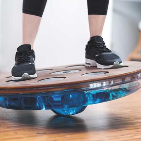 Eau-Me water balansbord. Fitness voor thuis, werk of de sportschool.